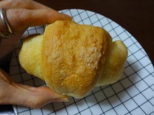 カラマツbakery 塩パン